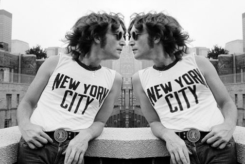 John Lennon kissing himself